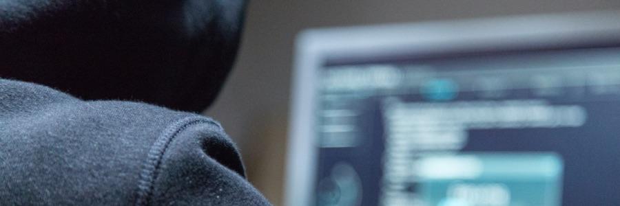 img-blog-hacker-darkweb